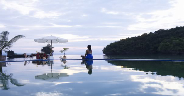 Club-Tarra-Swimming-Pool-with-Lady-Final.jpg